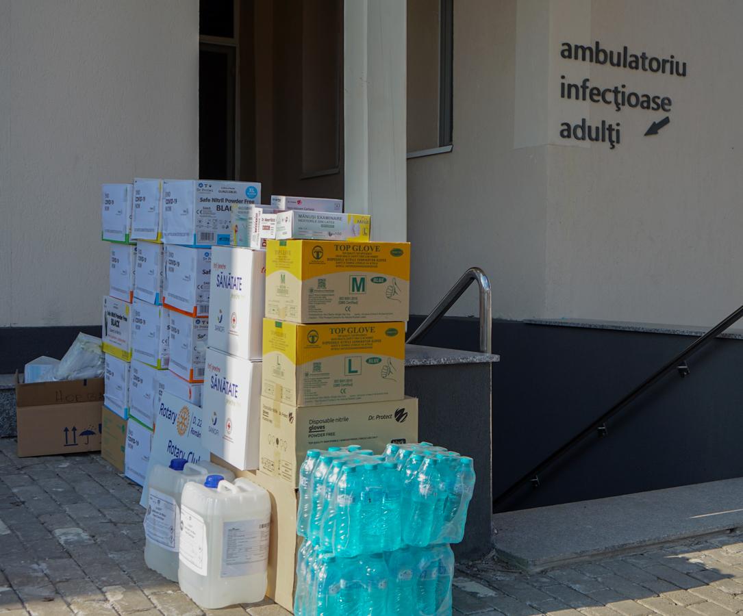 Primele două livrări din cadrul campaniei END COVID-19 NOW au ajuns la personalul medical al Spitalului Județean de Urgență Sfântul Ioan cel Nou din Suceava