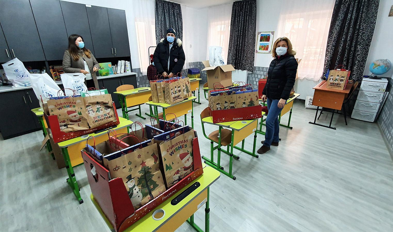 Momente pline de magie pentru copiii de la Școala Primară Osoi